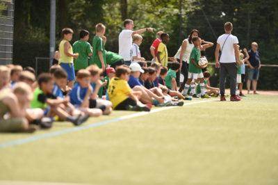 "096 Aktionswoche ""Wiesbaden Engagiert! 2017 Foto: Michael Link Betreuende Grundschule Oberbürgermeister Sven Gerich Fußballturnier"