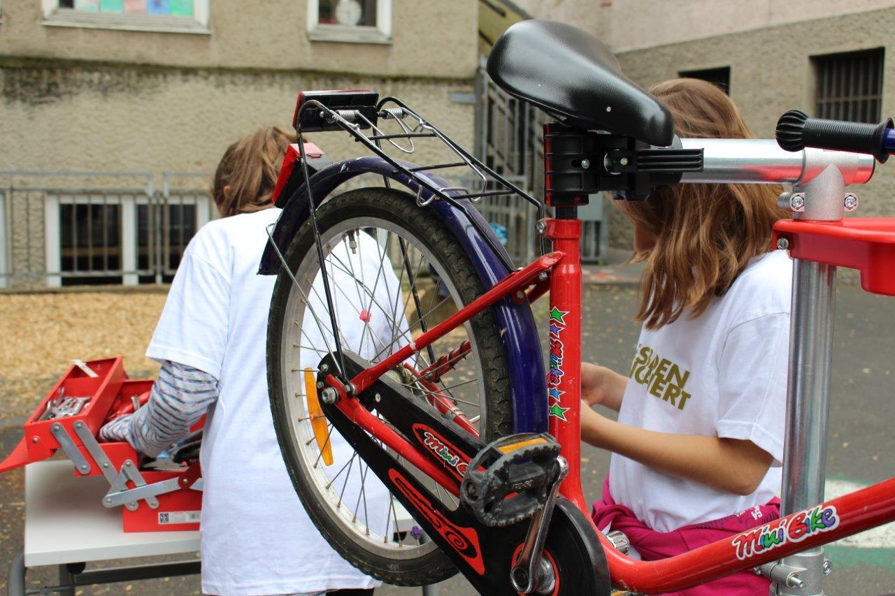 079 wea 2018 Fahrradklinik Hebbelschule 1