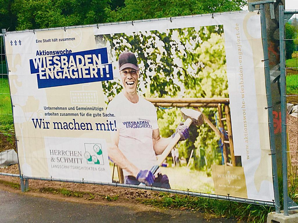 wea 2019 engagement zeigen banner herrchen und schmitt